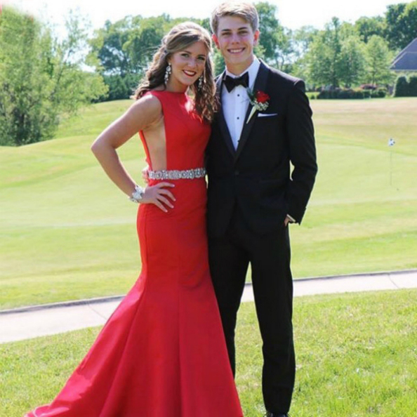 Red Satin Floor-length Crystals Beaded Prom Dresses 2017 Sexy Party Dresses Long Graduation Dresses Women Evening Dresses Formal Gowns